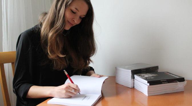 A gyermeklelkű világalkotó- Interjú Barczikay Lillával